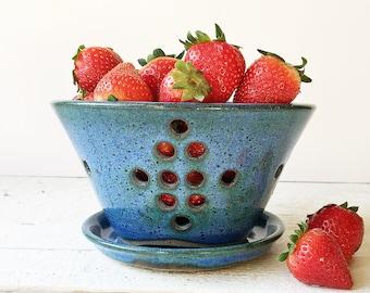 Berry Bowl - Ceramic Berry Bowl - Berry Bowl Colander - Pottery Colander - Blue Berry Bowl - Strainer - Colander
