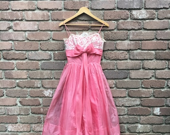 Vintage Pink 1950s Chiffon Lace Dress