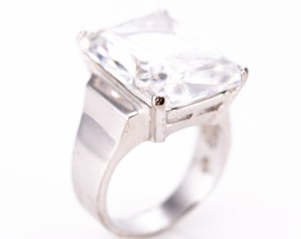 Vintage Sterling Silver Emerald Cut Crystal Cocktail Statement Ring Size 7