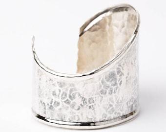 Vintage Alfred Karram Hammered Sterling Silver Modernist Asymmetrical Cuff Bracelet