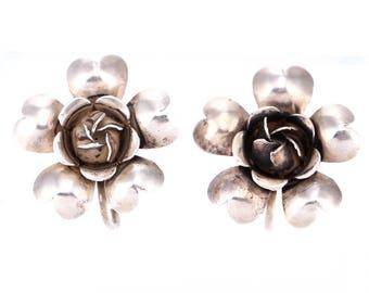 Vintage Sterling Silver Flower Screwback Earrings