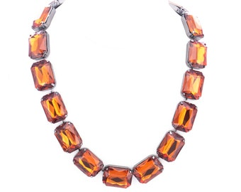 Vintage Joan Rivers Classics Collection Amber Lucite Statement Necklace