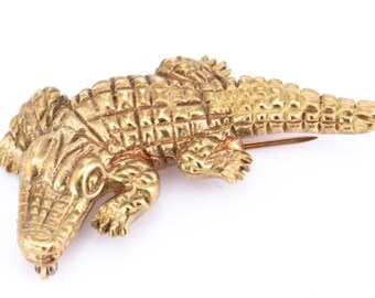Vintage Gold Plated Alligator Brooch