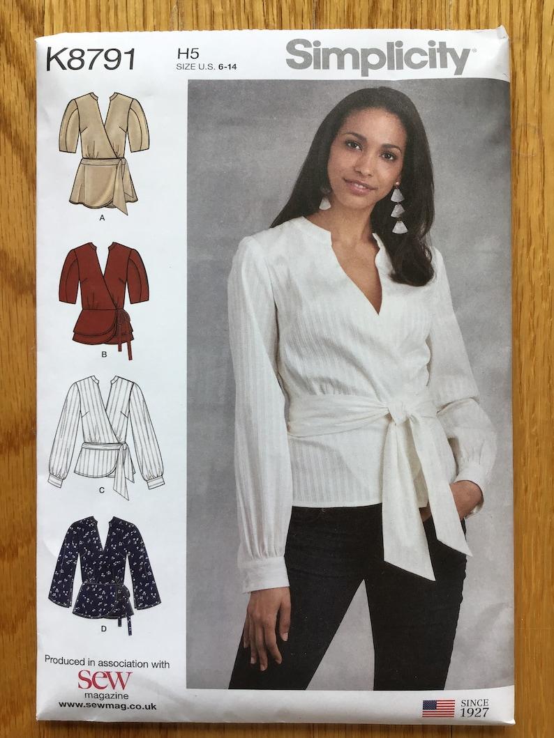 Misses' Wrap Top Pattern Size 6 8 10 12 14 Simplicity 8791 image 0