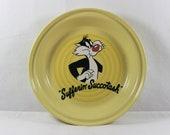 Fiesta Yellow Deep Pie Plate Baking Dish Sylvester Looney Tunes Sufferin Succotash