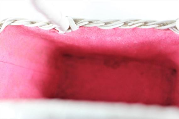 Vintage White Wicker Purse Handbag with Strawberr… - image 7