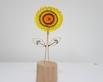 Small wire floral sculpture, gift for mum, gift for her, gift of flowers, one off sculpture by Becky Crawford from Spacefruit
