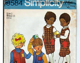 Child's jumpsuit in Two Lengths Size 2 / Original Simplicity Uncut Sewing Pattern 9584