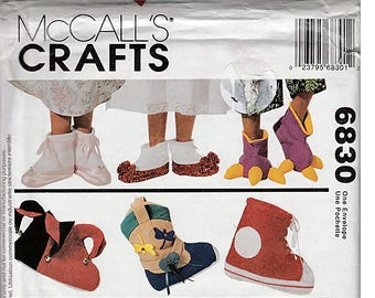 Fancy Feet / Children's Novelty Slippers / Original McCall's Crafts Uncut Sewing Pattern 6830