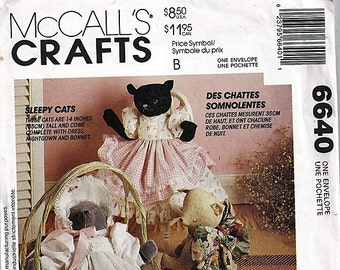 Sleepy Cats / Original McCall's Crafts Uncut Sewing Pattern 6640