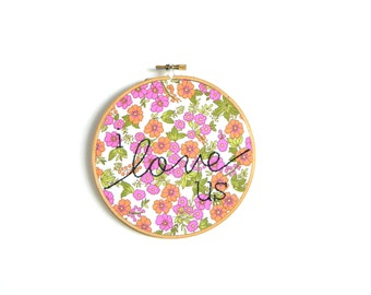 I love us embroidery hoop wall art
