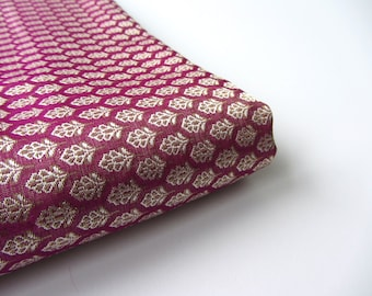 Purple fuchsia golden leaf silk brocade fabric nr 218 fat quarter