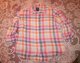 PASTEL PINK PLAID shirt,pink plaid shirt,pink plaid blouse,pink checkered shirt,plaid shirt women,checkered shirt,checkered blouse,pink