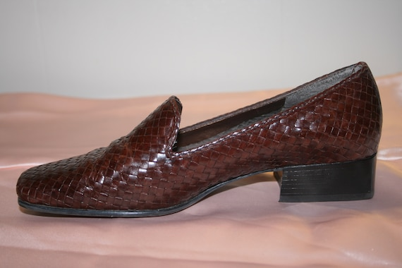 Size 6.5,PREPPY PENNY LOAFERS,loafers 6.5,preppy … - image 5