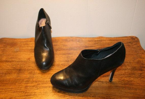 Size 7.5,ROCKER GOTH BOOTS,boots 7.5,boot heels,bo