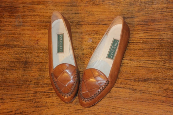 Size 6,COLE HAAN LOAFERS,cole haan shoes,cole haan