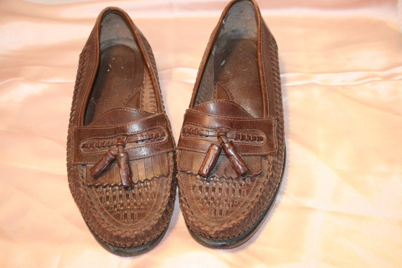 Size 10,MEN TASSEL LOAFERS,loafers size 10,hipster