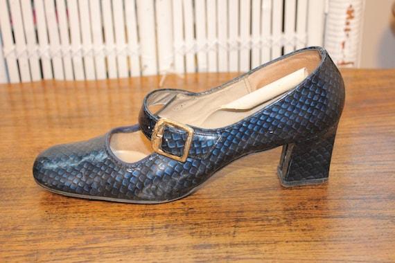 7.5,VINTAGE CHUNKY HEELS,school girl heels,chunky