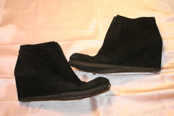 Size 6.5,STUART WEITZMAN BOOTS,boots 6.5,goth boot