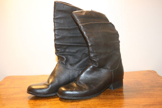 Size 7,LEATHER GOTH BOOTS,goth boots,motorcycle bo