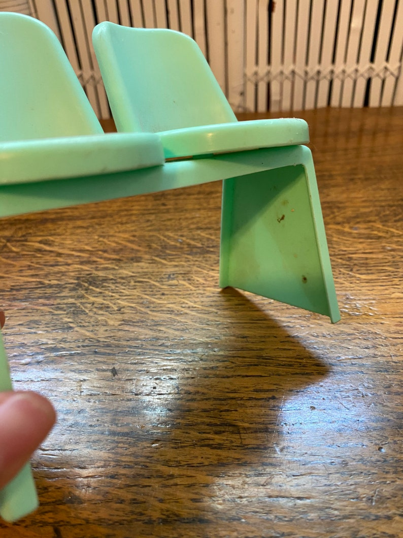 MATTEL DOLL SEAT,doll furniture for 6 inch doll,doll furniture for 12 inch doll,doll furniture,doll,doll chair,dollhouse furniture,doll room
