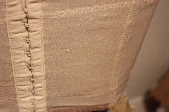 VINTAGE LACE CORSET Tops,vintage corset tops,cute… - image 9