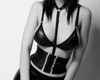 Duality Waist Cincher. Removable Harness With Choker