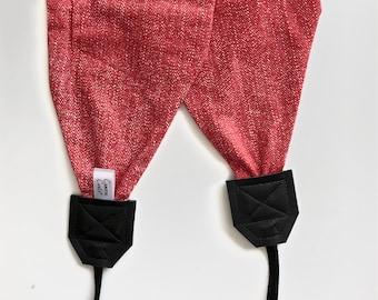 Best Camera Straps Momtog Gift 2018 | Crossbody Cozy Scarf Straps Super Soft Stretch Knit Style | Handmade Ready to Ship | Photographer Gift