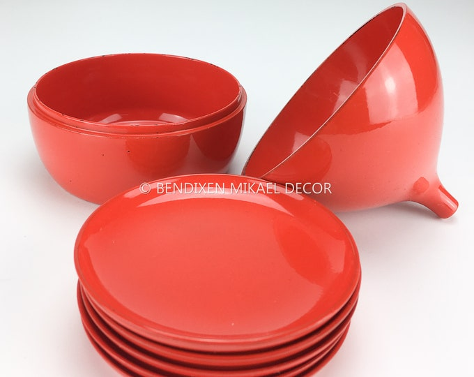Teardrop - Shaped 60s Vintage Danish Design, lacquered plastic Coasters