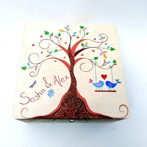 XL Wooden Keepsake Memory Box Personalised Couples Family Tree of Life Gifts