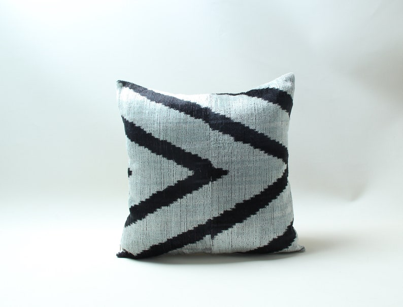 Modern Soft Decorative Pillow For Couch Patchwork Velvet ikat Pillow,Handmade Decorative Pillow,Traditional  Pillowcase 14.5x14.5 inches