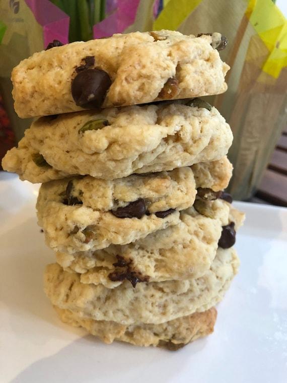 Vegan  Pistachio Chocolate Chip cookies 10 pcs