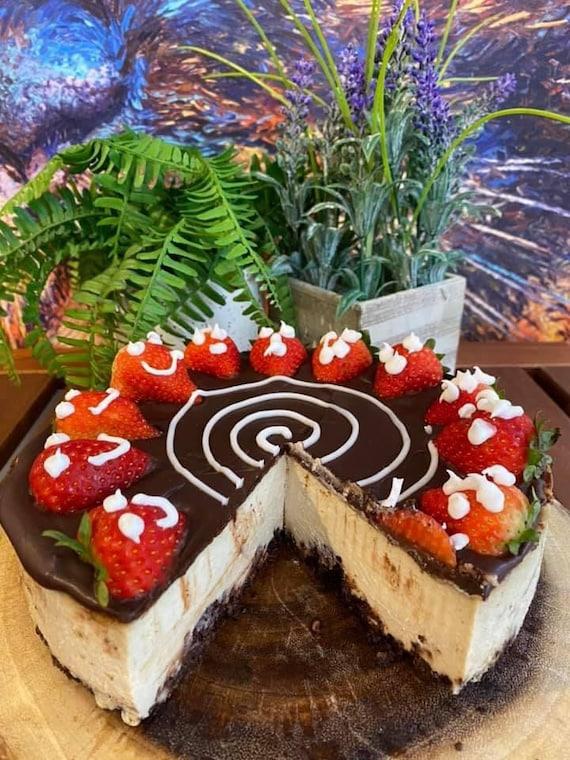 """Vegan Gluten Free Vanilla Chocolate strawberry cheesecake  8"""""""