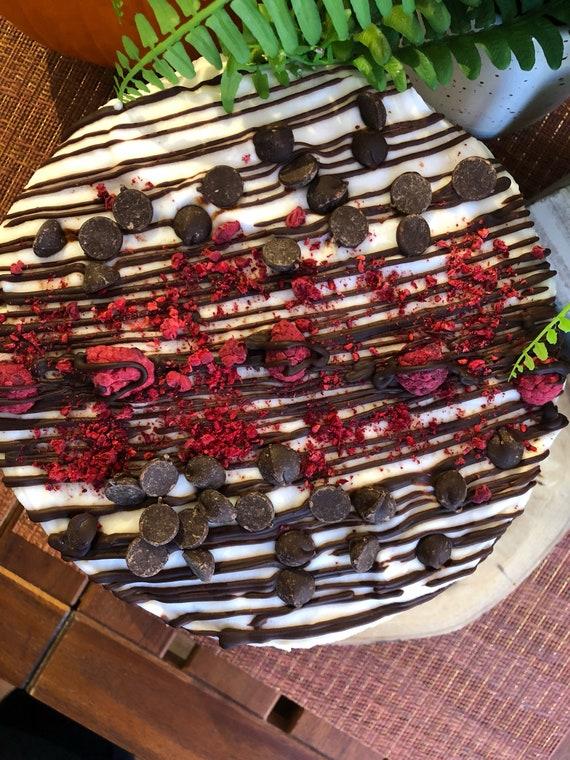 "Vegan  Double Vanilla Raspberry chocolate chip Cake  8"""