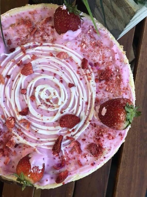 """Vegan Gluten Free Vanilla Pink  strawberry cheesecake  8"""""""