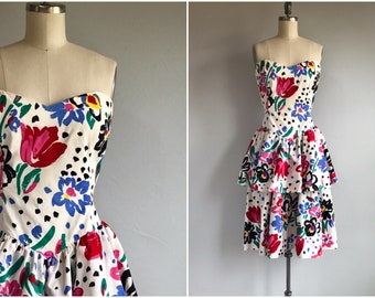 6679d4709fb Vintage 80s Strapless Dress   1980s Ruffled Flounced Bright Color Floral  Print Tiered Mini Strapless Sundress