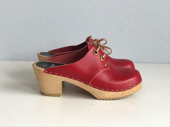 Vintage 70s Clogs / 1970s Sandgrens Red Leather La