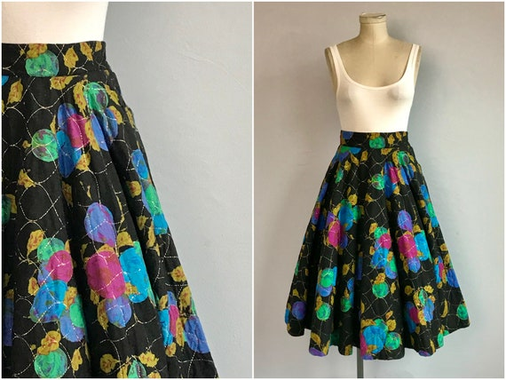 Vintage 1950s Circle Skirt / 50s Quilted Novelty F