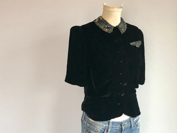 Vintage 30s Silk Velvet Blouse / 1930s Black Velve