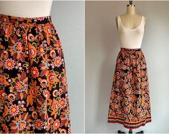 Vintage 70s Liz Claiborne Cotton Skirt / 1970s Border Print Fall Floral Dirndl Midi Skirt / Black Ground Pattern