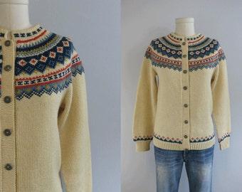 Vintage Nordic Wool Fair Isle Cardigan / Hand Knit Sweater Heather Cream Blue Coral