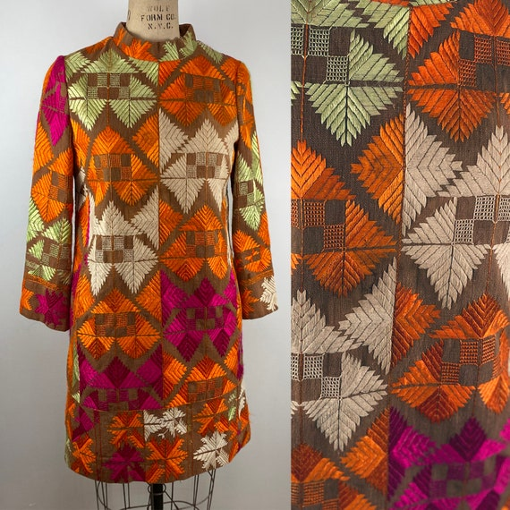 Vintage 60s Mod Colorful Embroidery Geometric Shif