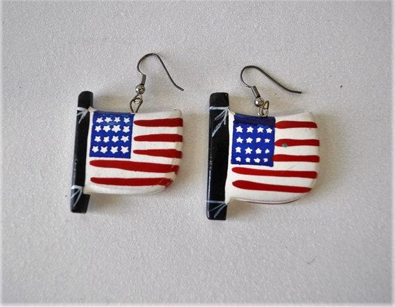 Great Britain Union Jack Flag Kitsch Dangle Drop Earrings Rockabilly Vintage