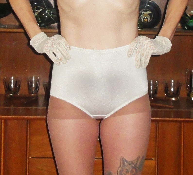 f0a151c4e Vintage White Vanity Fair Granny Panty 5 high waist pantie Pin