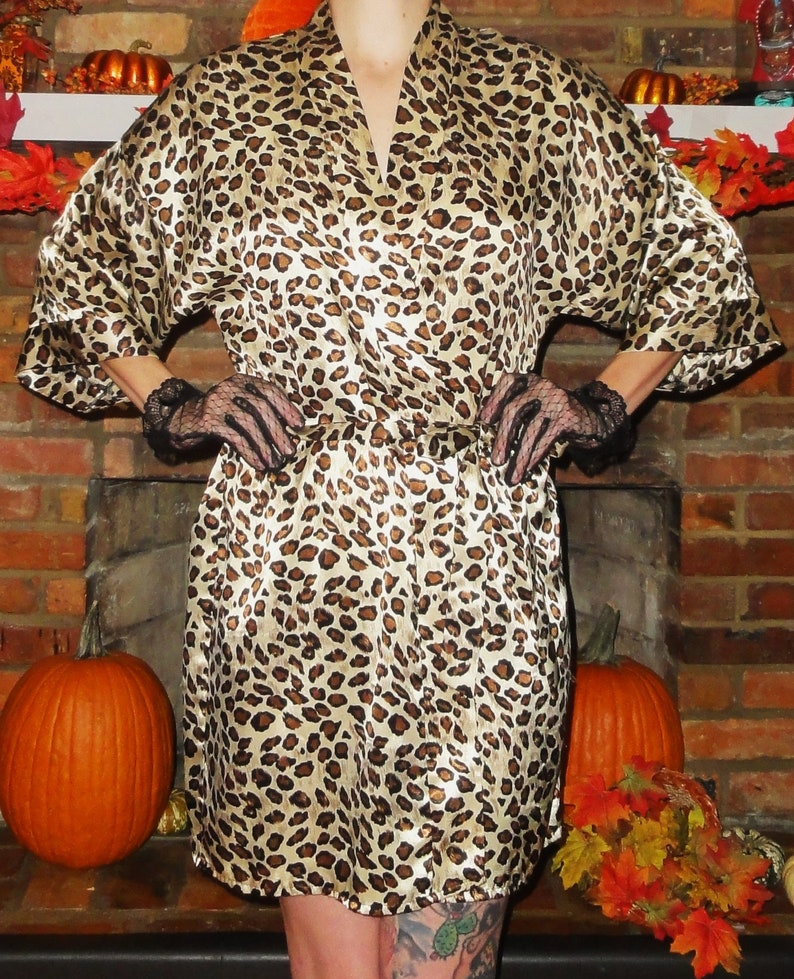 Vintage Leopard Print Robe L pinup retro pajamas nightgown rockabilly sleepwear 1950/'s lingerie gift for her animal print goth fetish punk