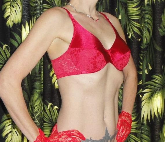 5e82996267 Vintage Red Lace Maidenform Push Up Bra 34 C rockabilly pinup | Etsy
