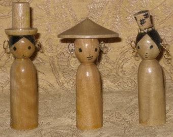 Kokeshi Style Wood Peg Dolls 3 Hispanic Japanese Toy Folk Art Doll Vintage