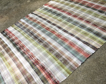 """43"""" x 64"""" Handwoven Area Rug Multi Red with Soft Green"""