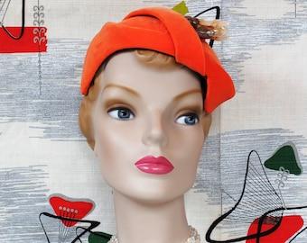 Chic 50's Cocktail Hat Vintage. 'New Look' Envol. Luscious Orange Velveteen. Asymmetric Tilt. YVONNE ORIGINALS CA. Mid Century Modern sz Adj