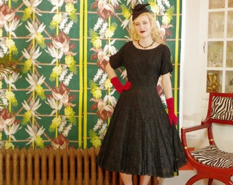 50's Vintage Swing Dress. Black Floral Lace.'New Look' Party Dress. Swishy Circle Midi Skirt. Dior-Sophisticated Post WW2. Cocktail Prom.